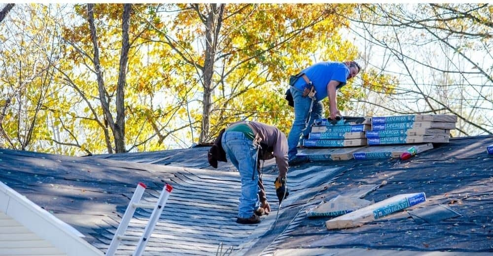 How to Remove Roof Shingles for Repair